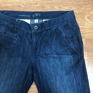 Ann Taylor LOFT Modern Flare Jeans sz 10